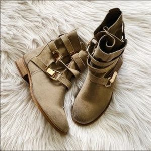 Steve Madden Haggle Suede Boots Grey with Gold 6.5